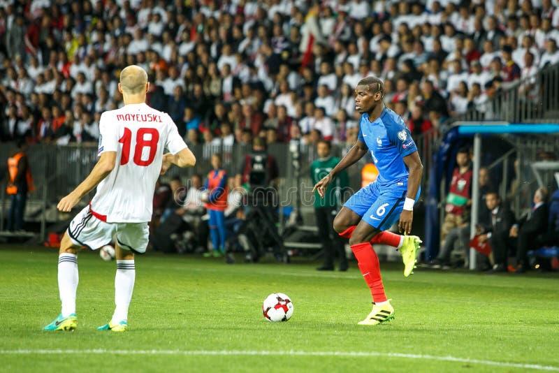 BORISOV - BIELORRUSIA, SEPTIEMBRE DE 2016: Pogba en el partido de fútbol del mundial Qual La UEFA agrupa A imagen de archivo libre de regalías