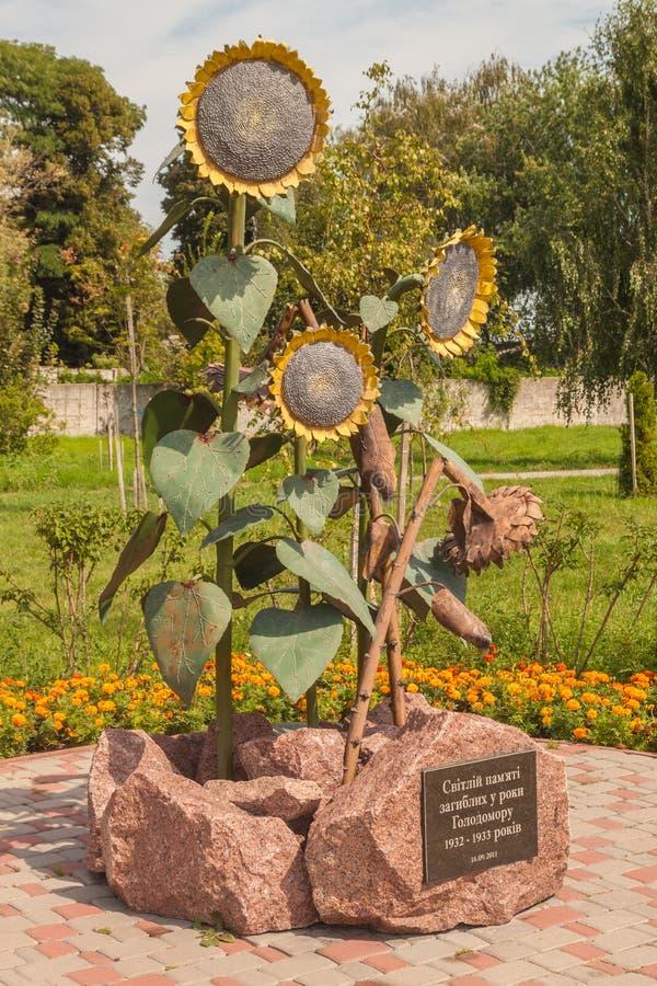 BORISPOL Boryspil, UCRÂNIA: monumento às vítimas do Holodom fotos de stock royalty free
