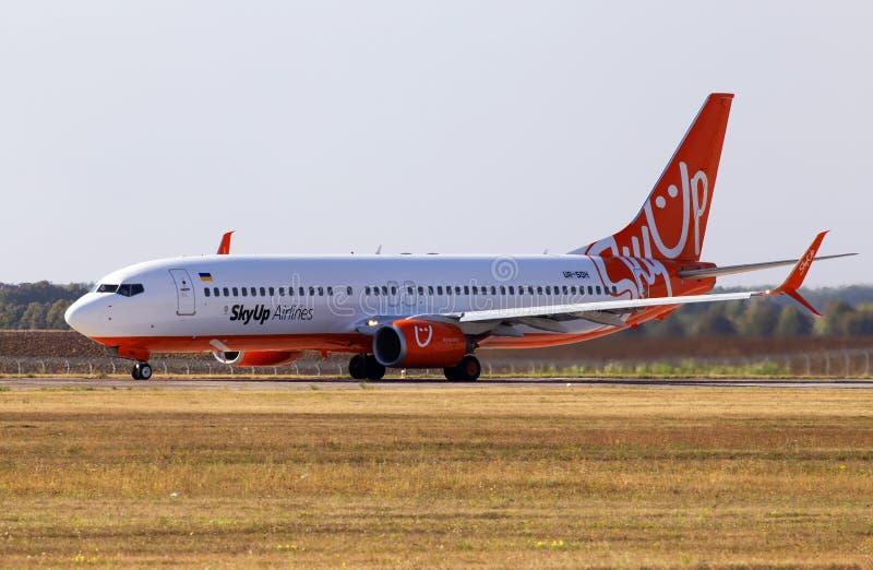 UR-SQH SkyUp Airlines Boeing 737-800 aircraft running on the runway of Borispol International Airport. Borispol, Ukraine - September 10, 2019: UR-SQH SkyUp stock photos