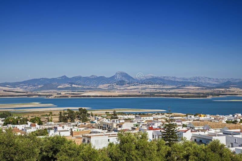 Download Bornos foto de stock. Imagem de pueblo, vila, andalusia - 65575392