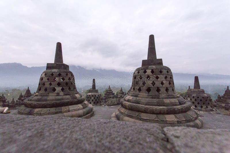 Borobudur au début de la matinée en août photo libre de droits