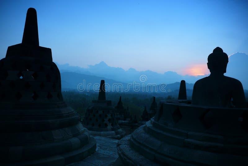Borobudur bij Schemer, Java, Indonesië stock afbeeldingen