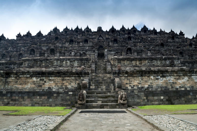 Borobudur fördärvar royaltyfri foto