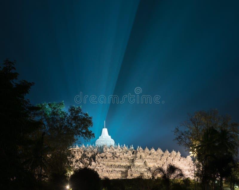 Borobudur Tempel nachts stockbilder