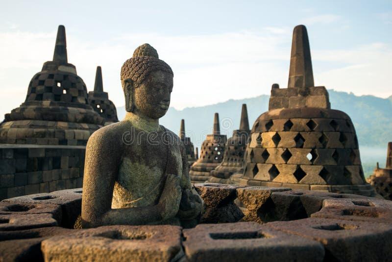 Borobudur-Tempelmeditation und -buddha lizenzfreie stockfotos