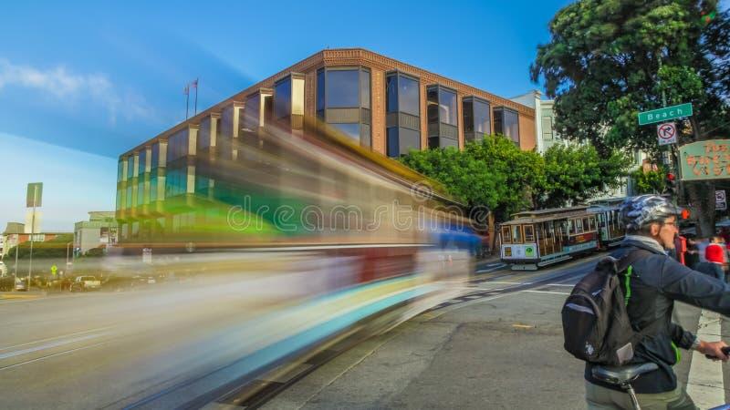Borrão de movimento do teleférico imagens de stock royalty free