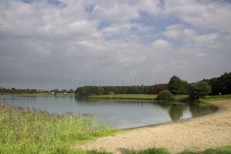 Borrow kuil dichtbij Herwijnen stock foto's