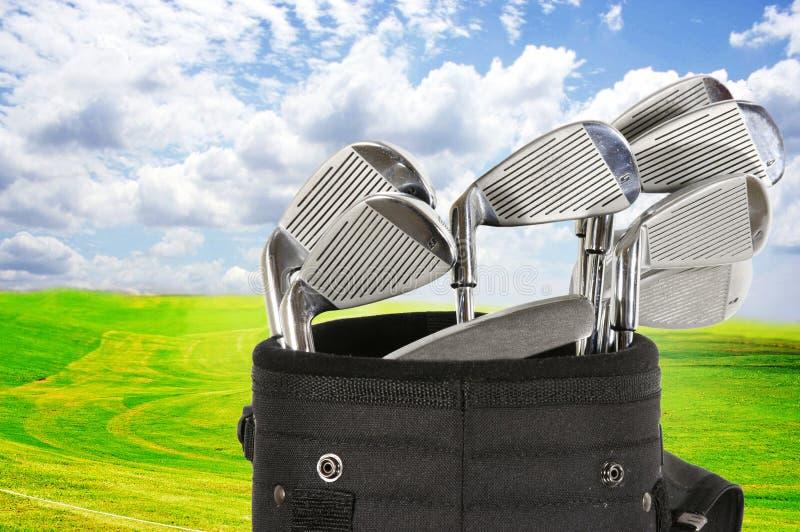 Borsa e cielo di golf immagini stock libere da diritti