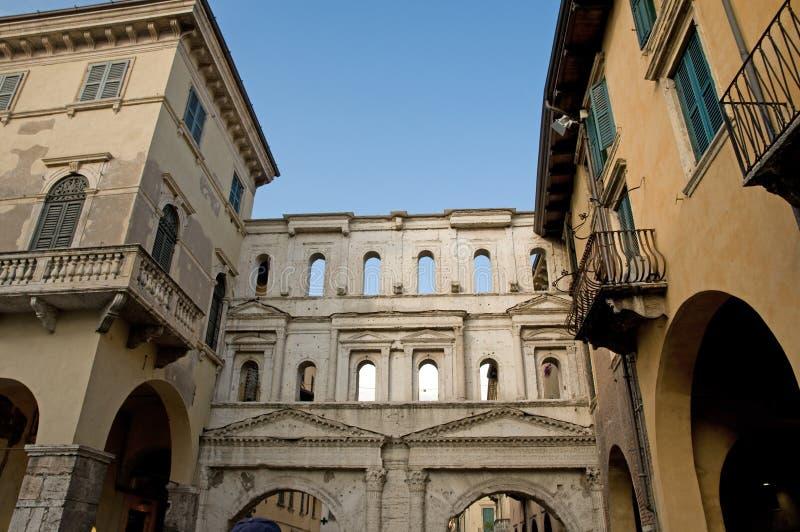 Download Borsari fasady porta zdjęcie stock. Obraz złożonej z landmark - 13331244