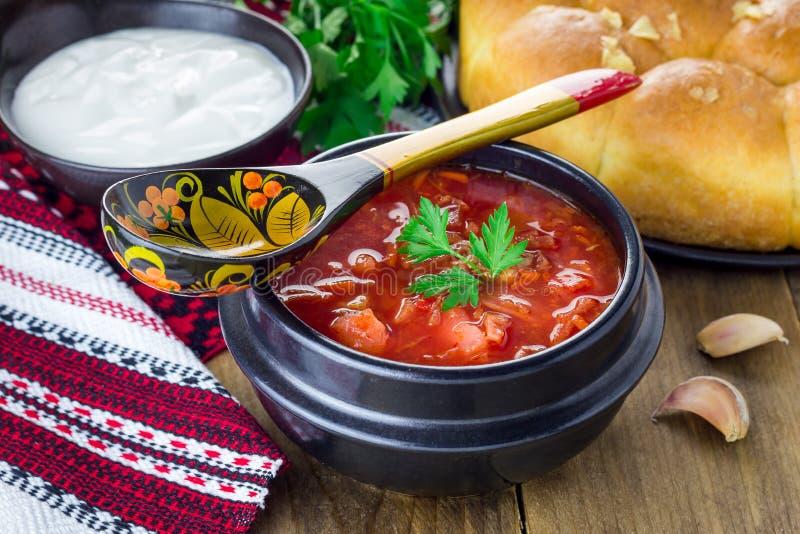 Borscht rosso nazionale ucraino e russo tradizionale immagine stock libera da diritti