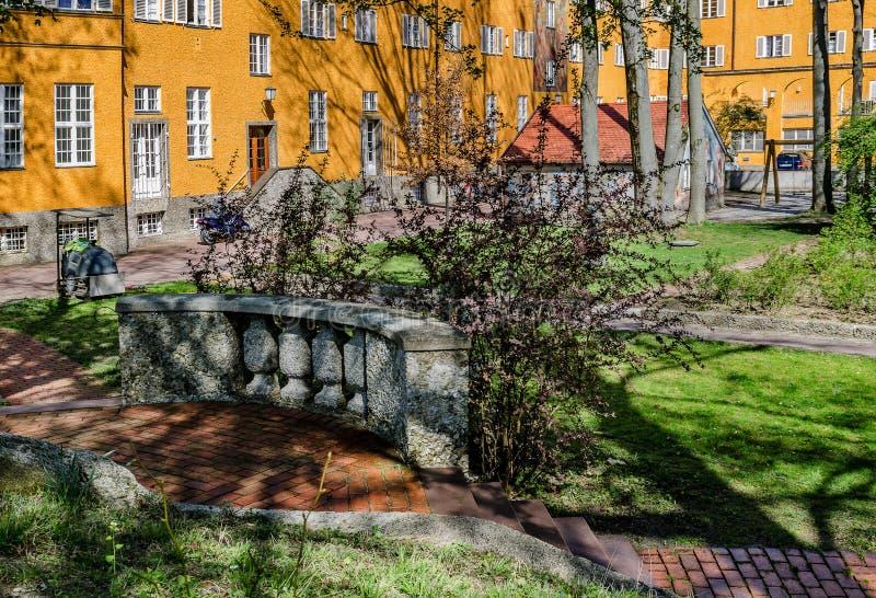 Borstaydistrict, M?nchen, Duitsland een verbazend gebied van de stad, de huizen en de binnenplaatsen royalty-vrije stock fotografie