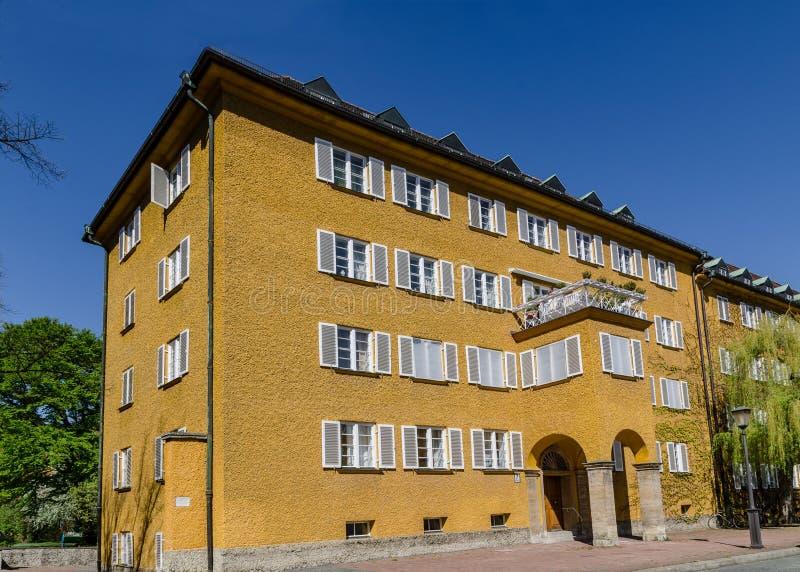 Borstaydistrict, M?nchen, Duitsland een verbazend gebied van de stad, de huizen en de binnenplaatsen stock afbeelding