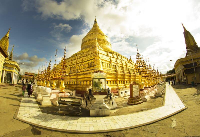 Borta pagod för Shwe si, Bagan arkivfoton