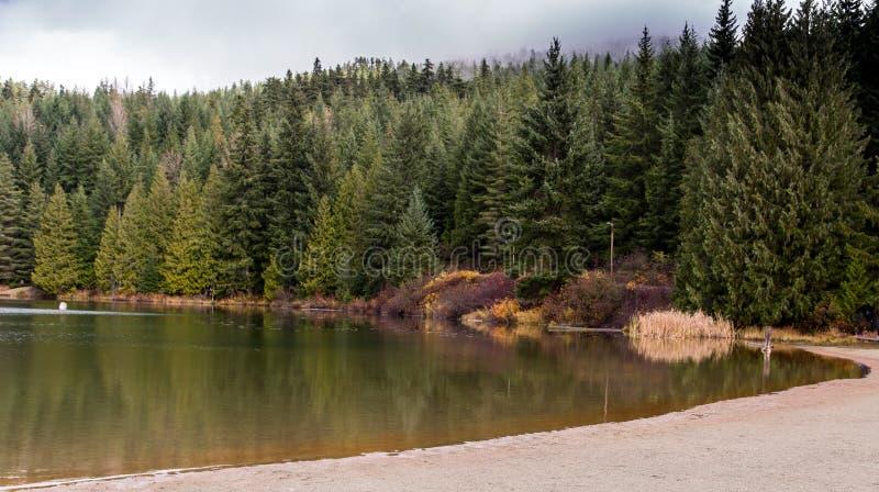 Borttappad sjö; Whistler F. KR. arkivfoto