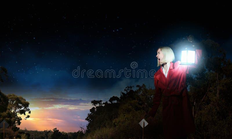 Borttappat i natt fotografering för bildbyråer