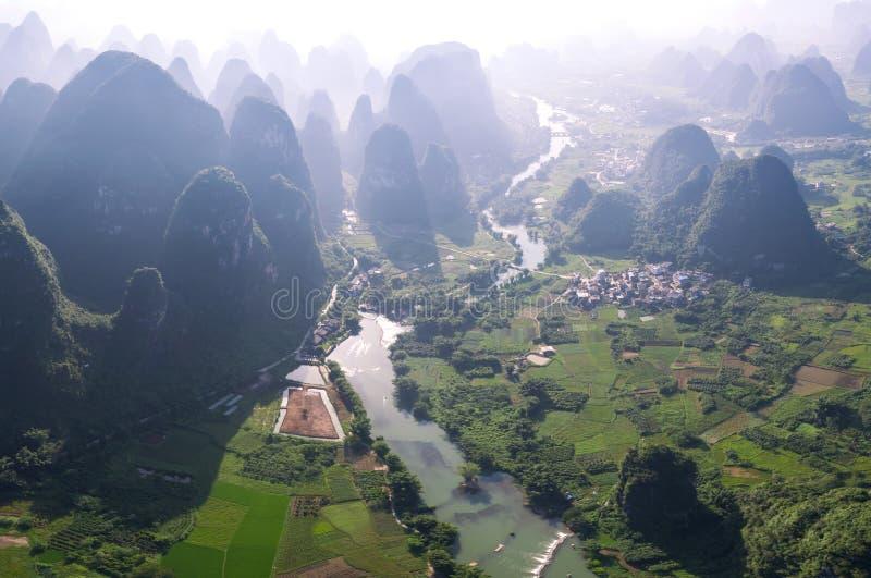 Bos en rivieren stock afbeeldingen