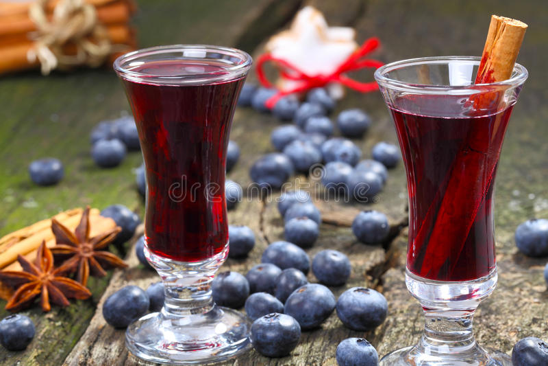 Bosbes overwogen wijn stock foto