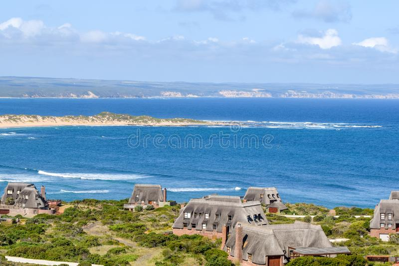 Bosbokduin私有自然保护美丽的景色在寂静的海湾,南非的 图库摄影