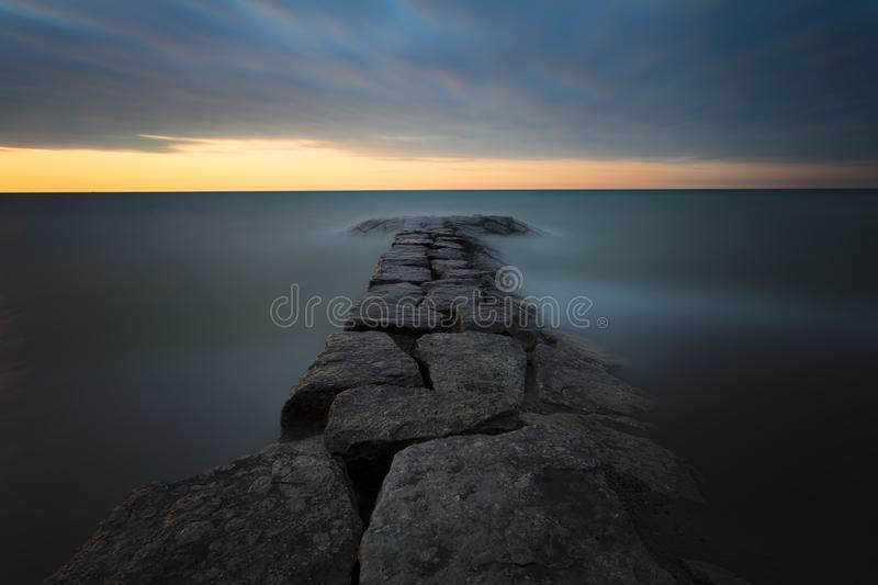 Boschetto luminoso Rocky Sunset fotografia stock