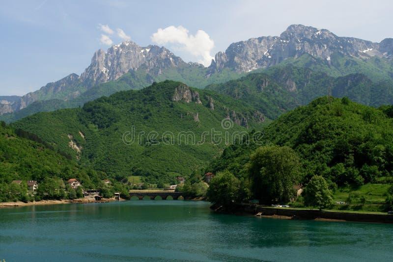 Bosnia - Herzegovina - Landschap in de lente stock fotografie