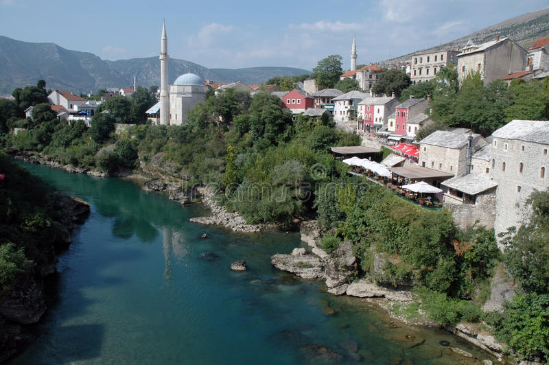 Bosnien - herzegovina mostar sikt arkivfoton