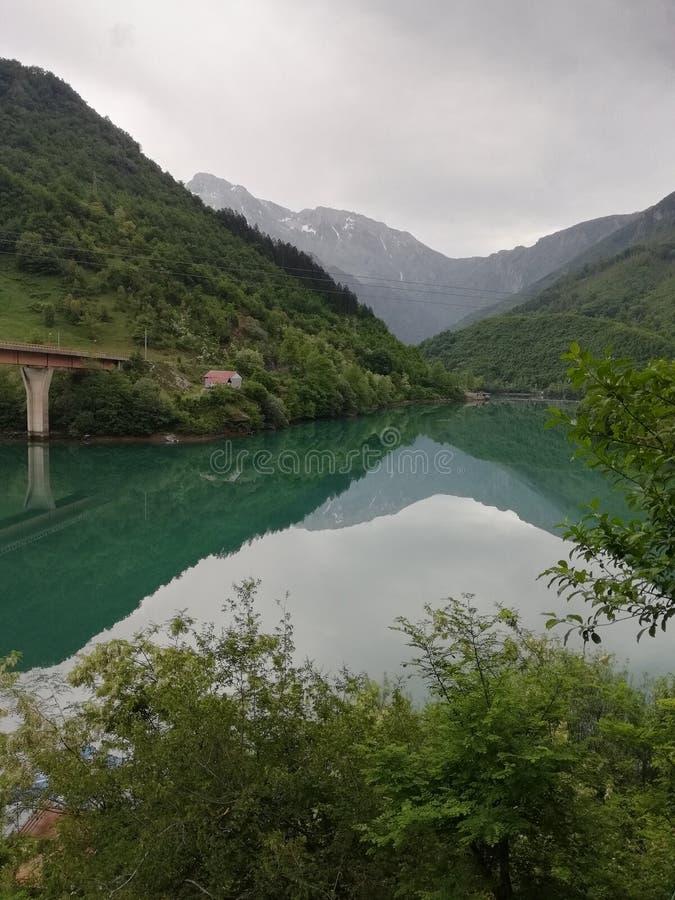 Bosnien-Straßen stockbild