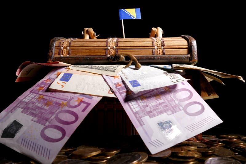 Download Bosnien Und Herzegowina Kennzeichnen Auf Kiste Voll Stockfoto - Bild von nation, herzegovina: 96935018