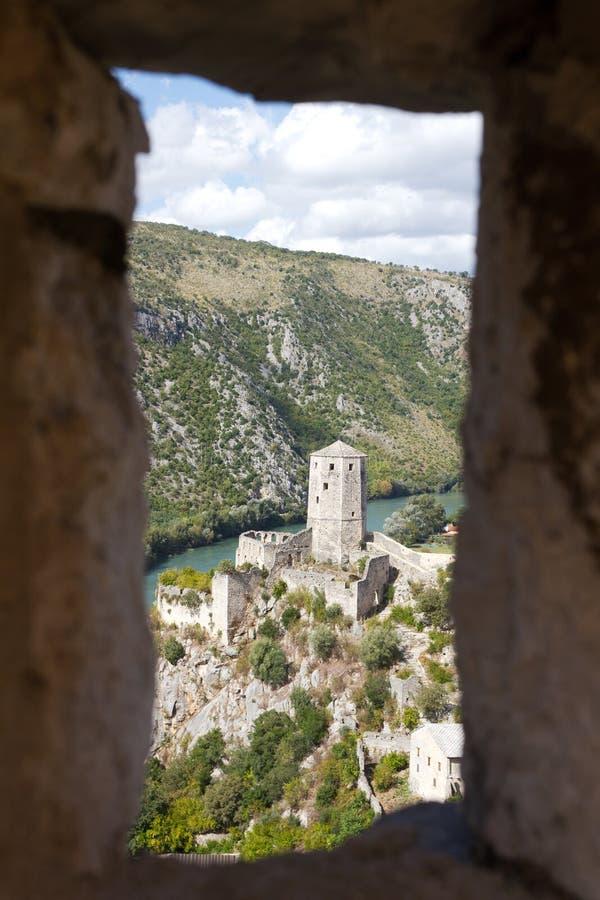 Bosnienfästning mostar nära pocitelj royaltyfri fotografi