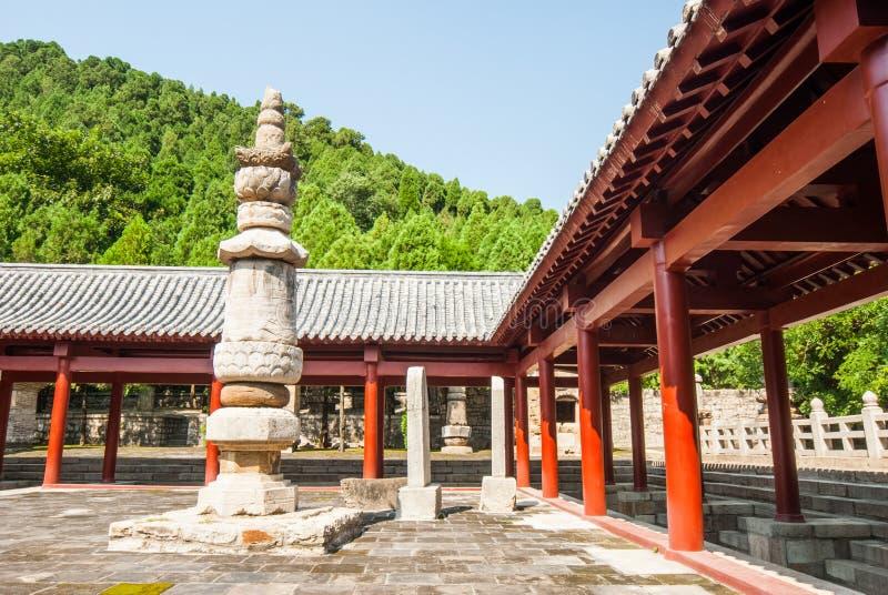 Bosque de Steles en parque de la pagoda de cuatro puertas fotografía de archivo