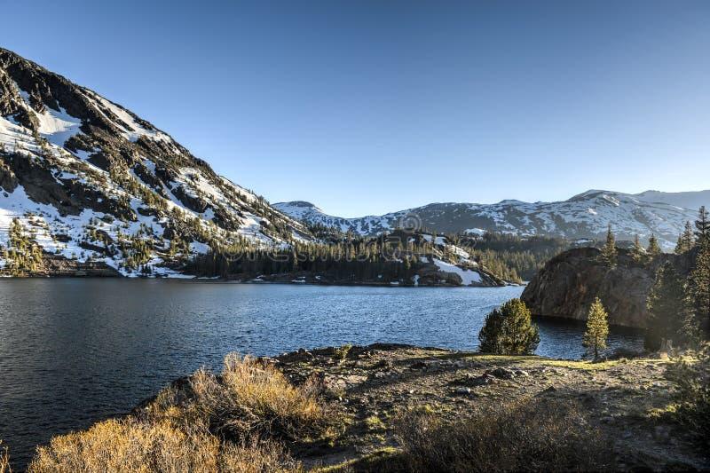 Bosque del Estado de Inyo - Ellery Lake - Yosemite imagen de archivo libre de regalías