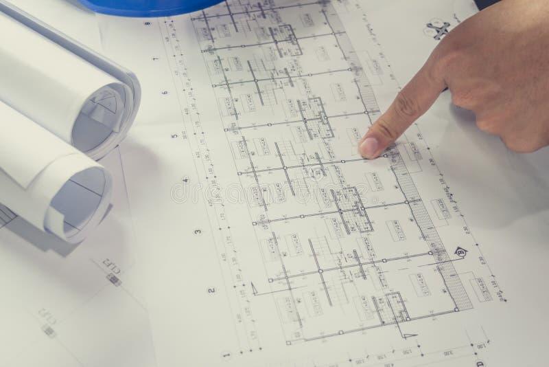 Bosquejo de elaboración del proyecto del papel de modelo del diagrama de la ingeniería imagenes de archivo