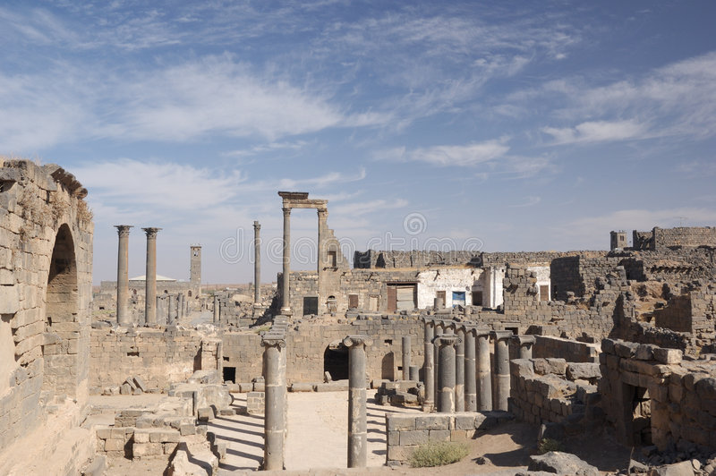 bosra syria arkivfoton