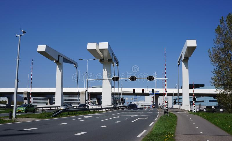 Bosrandbrug桥梁在阿尔斯梅尔,荷兰 库存图片