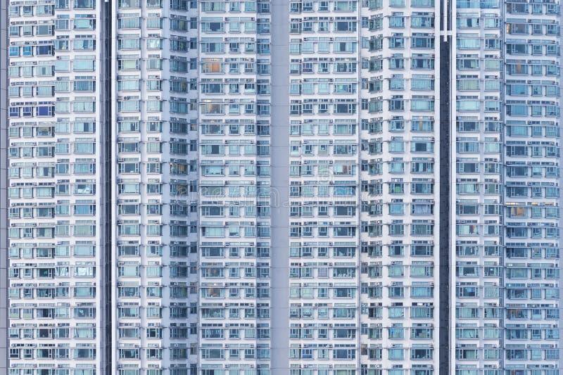 Bostads- byggnad för hög löneförhöjning royaltyfria foton