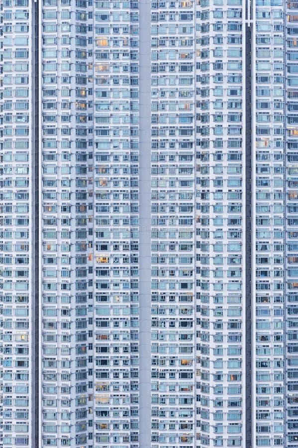 Bostads- byggnad för hög löneförhöjning arkivfoto