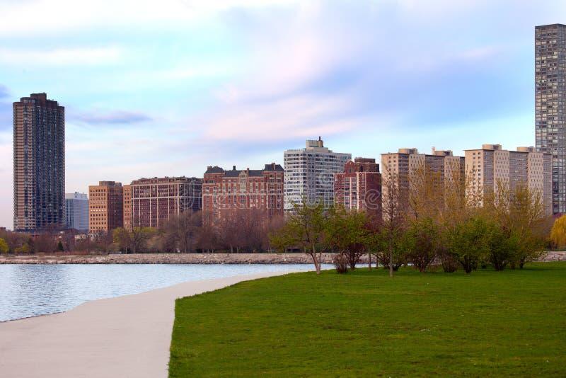 Bostads- byggnader på Montrose i Chicago royaltyfri foto