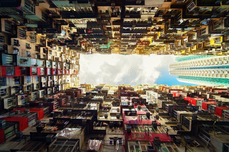 Bostads- gammal lägenhet Hong Kong royaltyfri fotografi