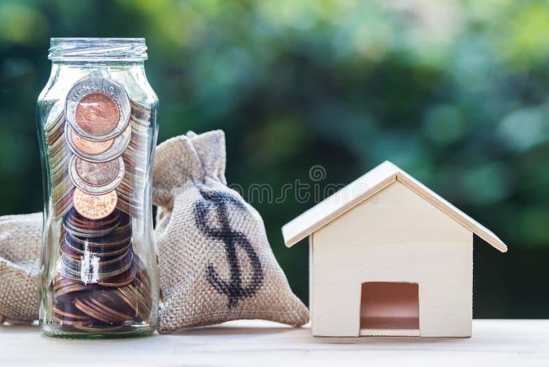 Bostadslånet intecknar, egenskapsinvesteringen, besparingpengarbegrepp arkivfoton