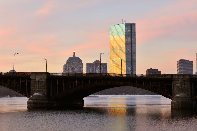 Boston au lever de soleil images stock