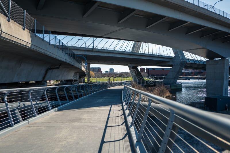 Boston-Brücken lizenzfreie stockfotografie