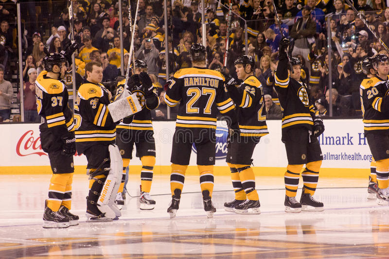 watch f6f03 1f0b7 Bruins Fans Salute Bill Belichick Editorial Photography ...