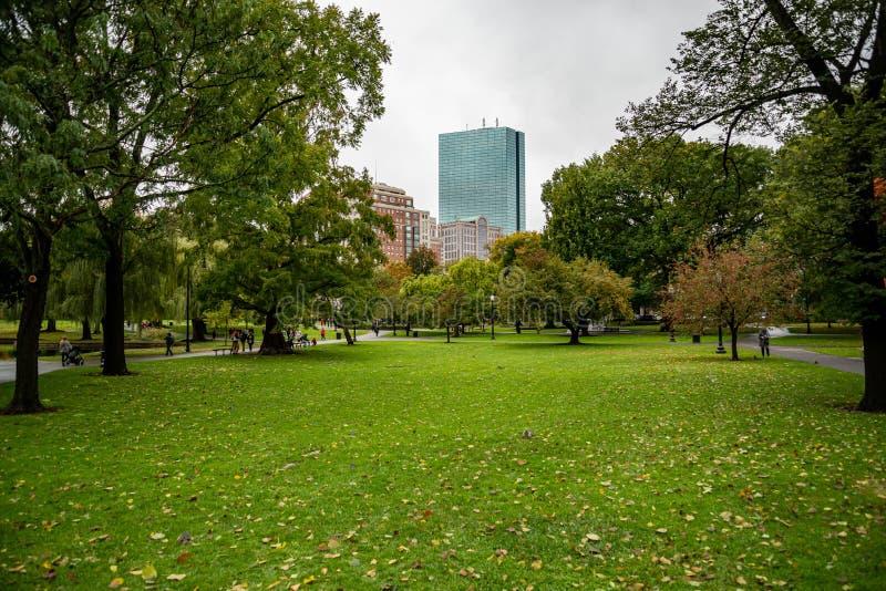 Boston Common Boston Common ist der älteste Stadtpark der Vereinigten Staaten lizenzfreie stockfotos
