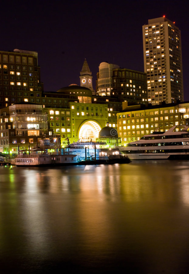 Boston en la noche imágenes de archivo libres de regalías