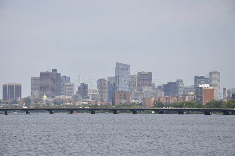 Boston linia horyzontu od Charles rzeki w Massachusettes stanie usa zdjęcia royalty free