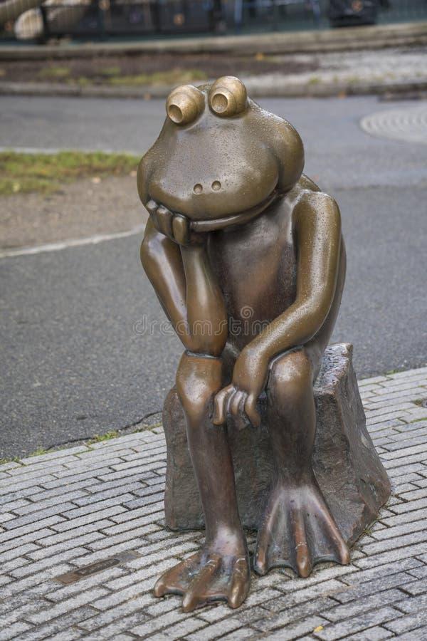 Boston, Massachusetts - October 25, 2018 - Bronze frog overlooks Tadpole Playground. Boston, Massachusetts - October 25, 2018 - Bronze frog overlooks Tadpole stock photo