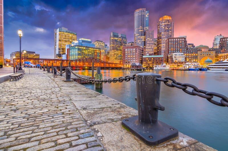 Boston, Massachusetts, USA hamn och horisont royaltyfri fotografi