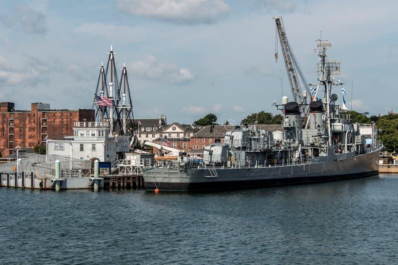 Boston massachusetts USA - nationell historisk gränsmärke USS Cassin för ung Fletcher gruppjagare royaltyfri bild
