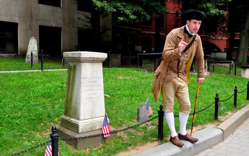 Boston, miliampère: Guia na sepultura de Paul Revere imagem de stock royalty free