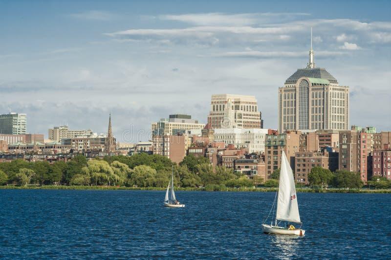 Download Skyline De Boston No Charles River Foto de Stock - Imagem de urbano, americano: 29829340