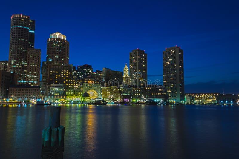 Boston por noche imagen de archivo libre de regalías